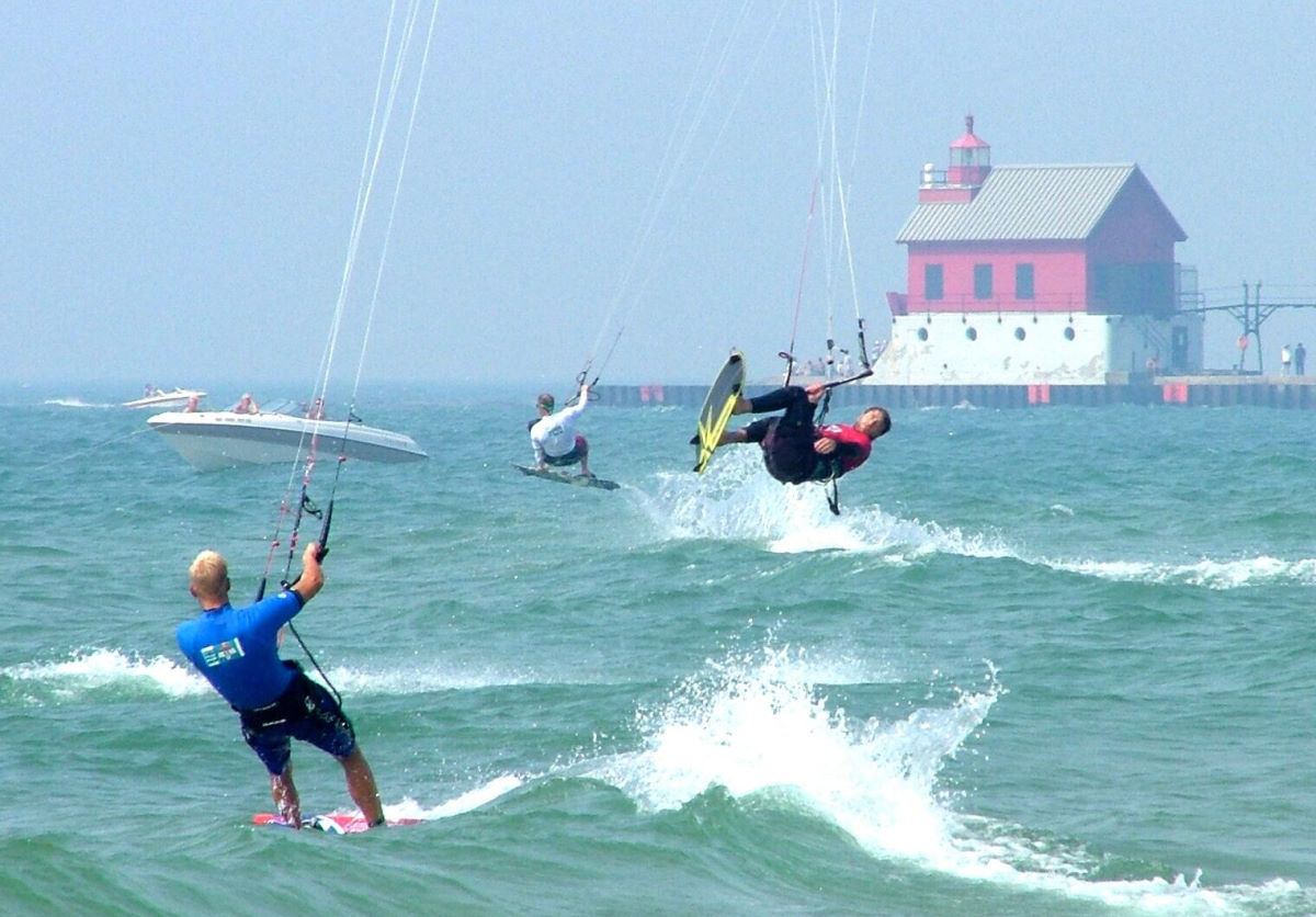 King of the Great Lakes kiteboarding event